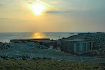 Picture of the LIMPET wave power station in the evening sun