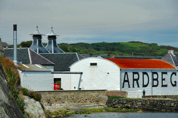 Picture of Ardbeg distillery from the seaside