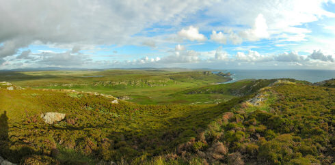 Picture of a panoramic view over a glen (valley) on an island