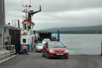 Picture of a small ferry at a big linkspan