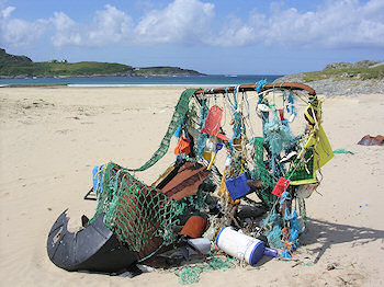 Picture of an 'arty' collection of rubbish on a beach on Colonsay