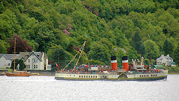 Picture of the paddle steamer Waverley cruising along a sea loch