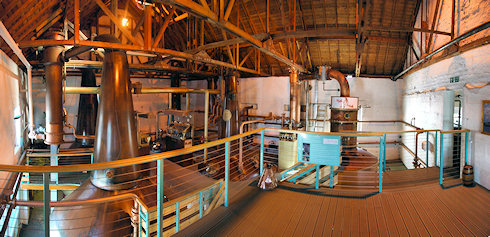 Small panorama of the interior of the Bruichladdich still house