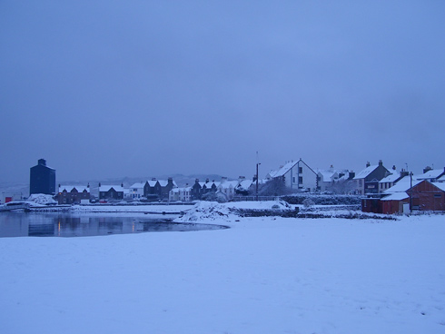 Picture of an island village in the snow