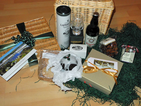 Picture of the full contents of the Laphroaig Christmas hamper