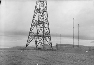 Old picture of a WWII chain link radar station at Saligo on Islay