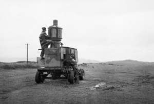 Old picture of a mobile lighthouse on The Oa on Islay