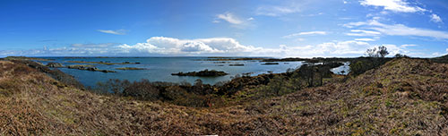 Picture of a panoramic view over a coastal landscape with skerries
