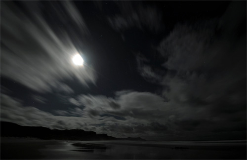 Picture of a moonlit beach