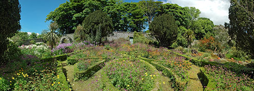 Panoramic picture of a walled garden
