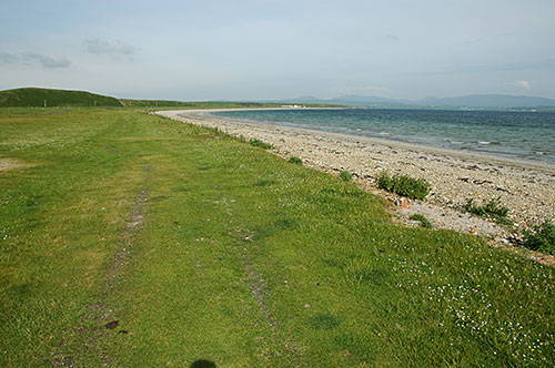 Picture of a shore with a pebble beach